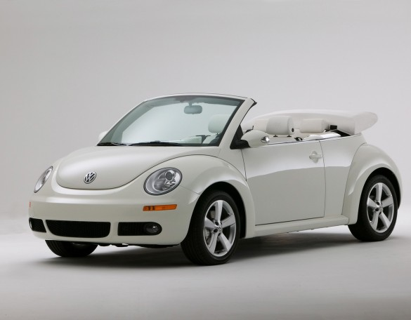 new-vw-beetle-automatic-cabriolet